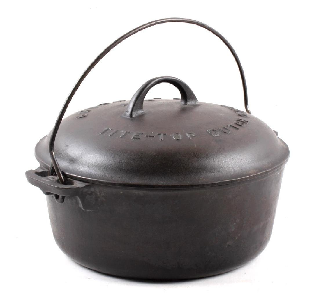 Griswold No. 8 Cast Iron Tite-Top Dutch Oven - 5