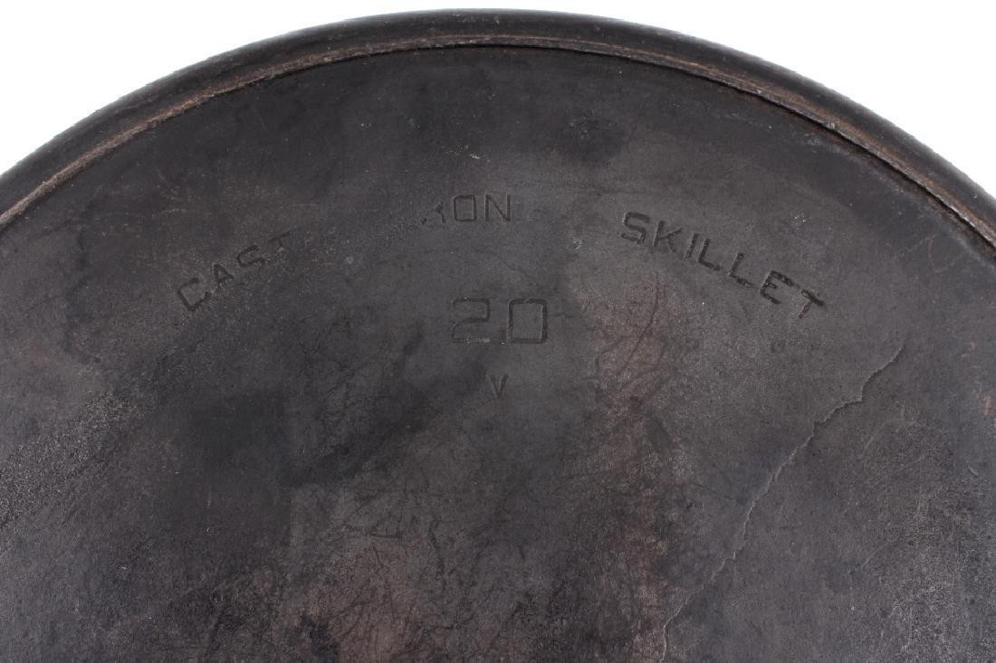 "Large Griswold Cast Iron ""Hotel"" Skillet - 6"