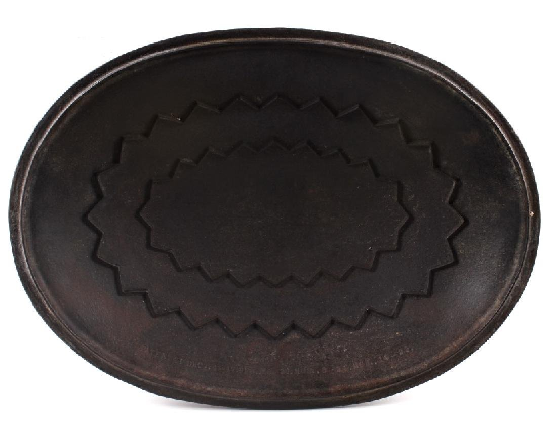 Wagner Ware Cast Iron Large No. 9 Oval Roaster - 5
