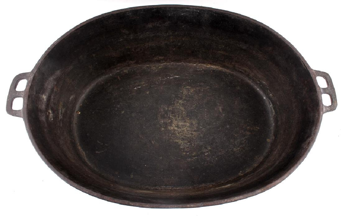 Wagner Ware Cast Iron Large No. 9 Oval Roaster - 7