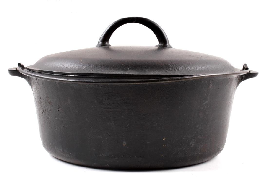 """Early """"Slant Erie"""" Griswold No. 9 Dutch Oven - 11"""