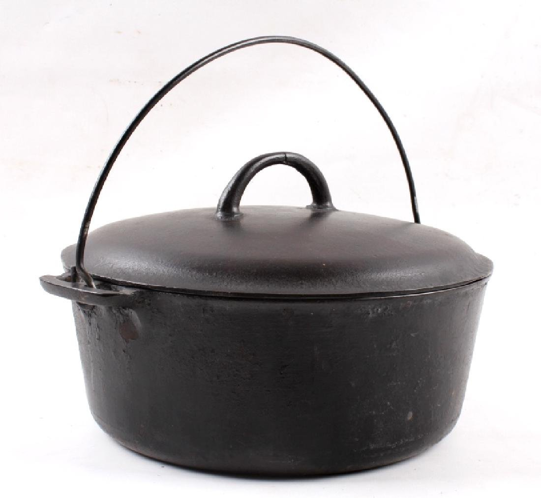 """Early """"Slant Erie"""" Griswold No. 9 Dutch Oven - 12"""