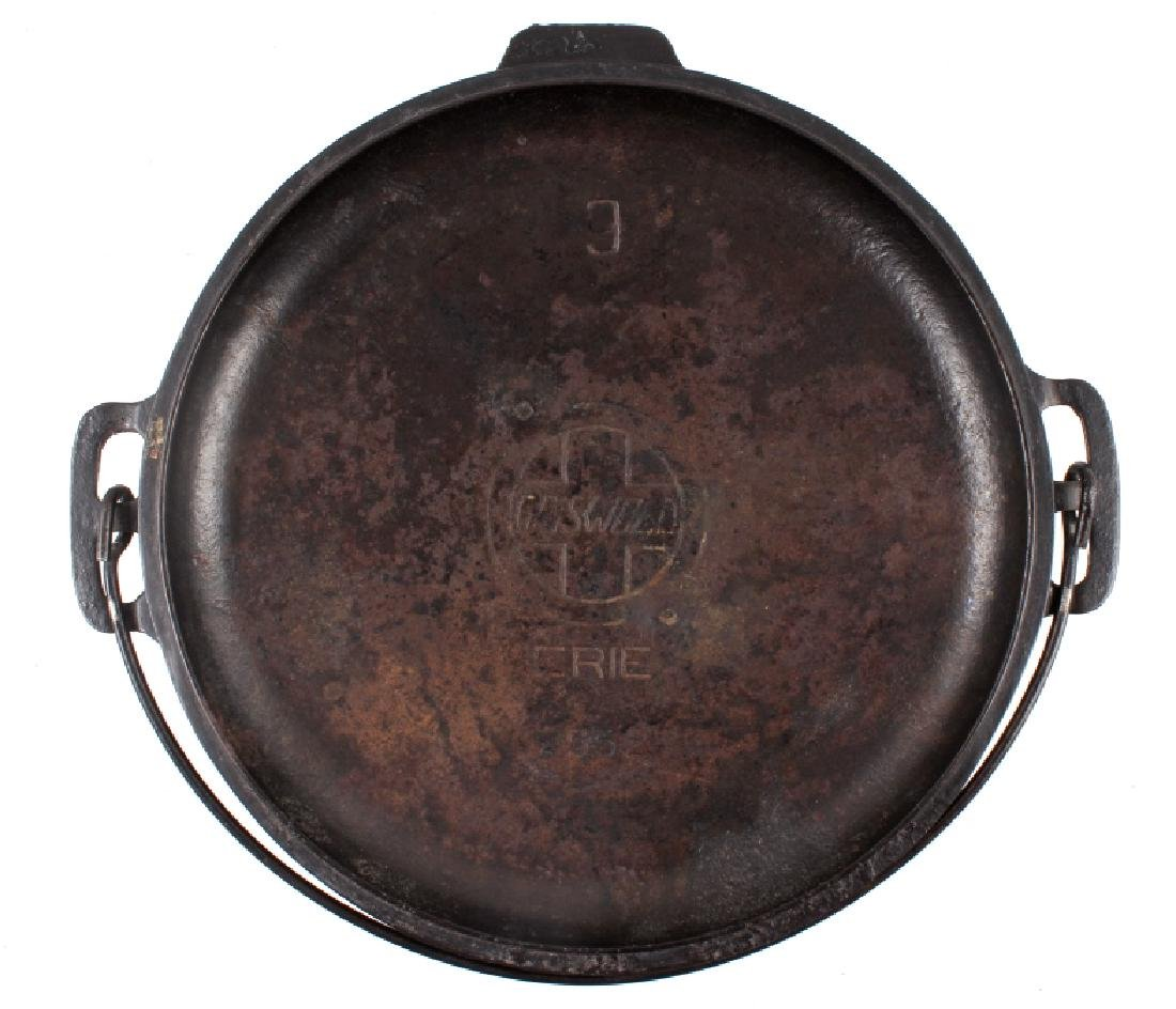 """Early """"Slant Erie"""" Griswold No. 9 Dutch Oven - 2"""