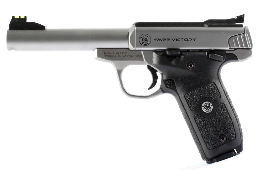 NIB Smith&Wesson SW22 Victory 22LR Target Pistol