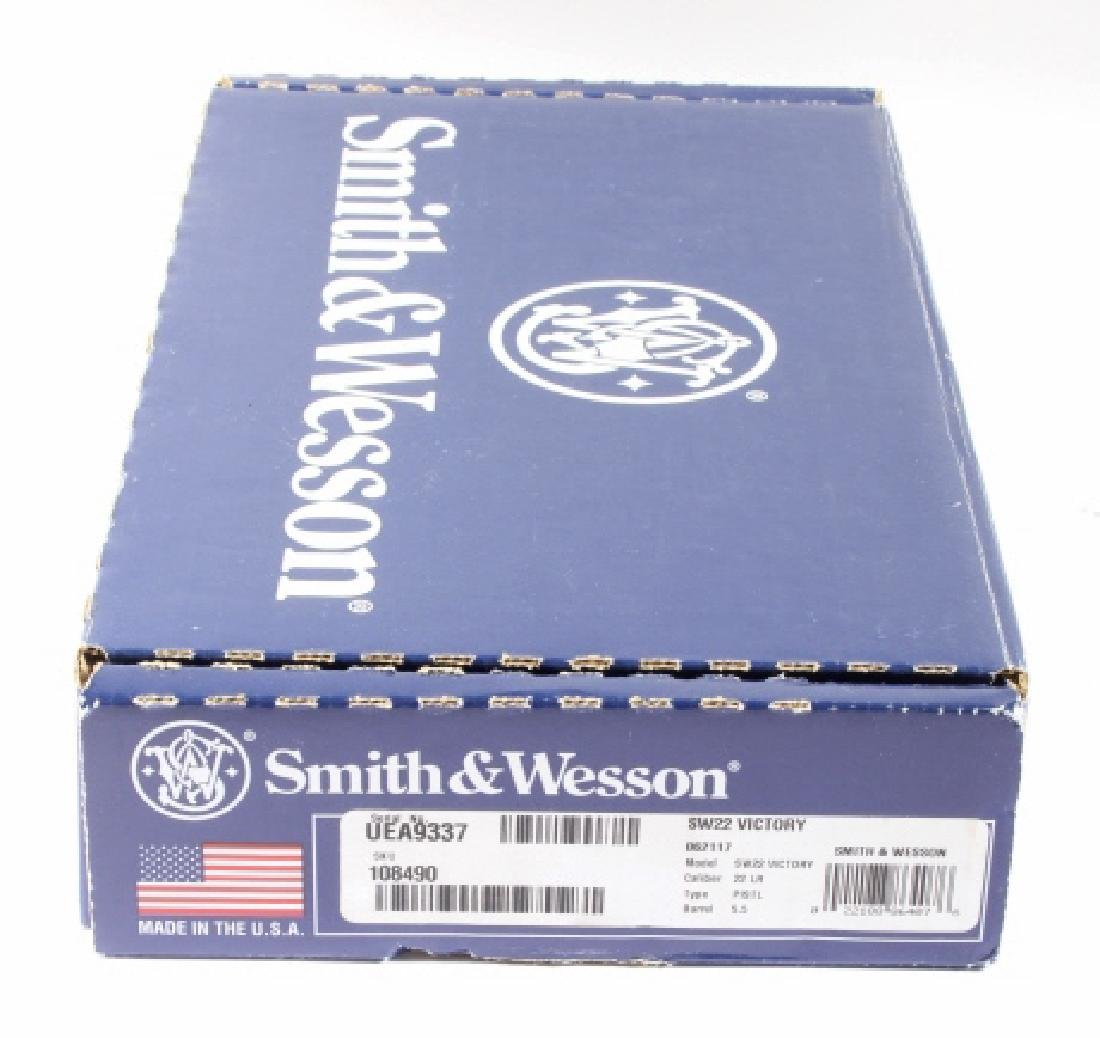 NIB Smith&Wesson SW22 Victory 22LR Target Pistol - 4