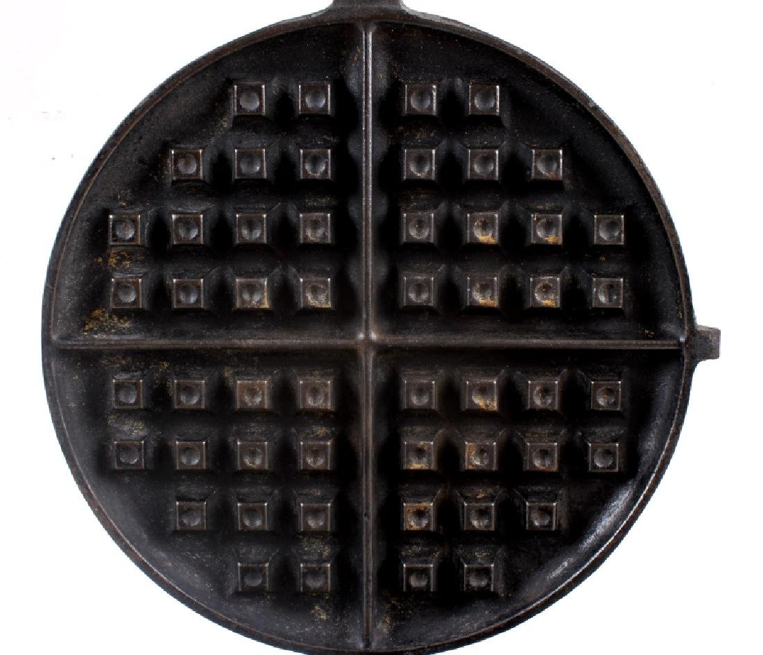 "Griswold ""New American"" No. 9 Waffle Iron-Low Base - 10"