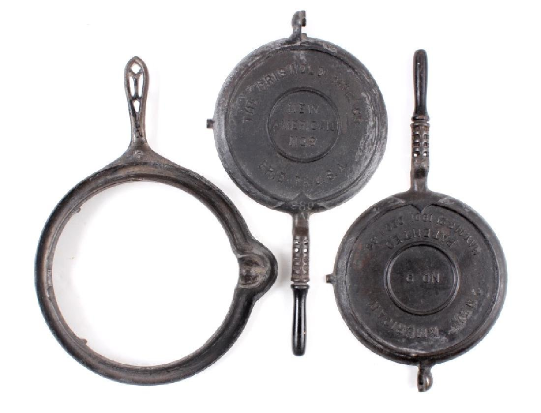 """Griswold """"New American"""" No. 9 Waffle Iron-Low Base - 14"""