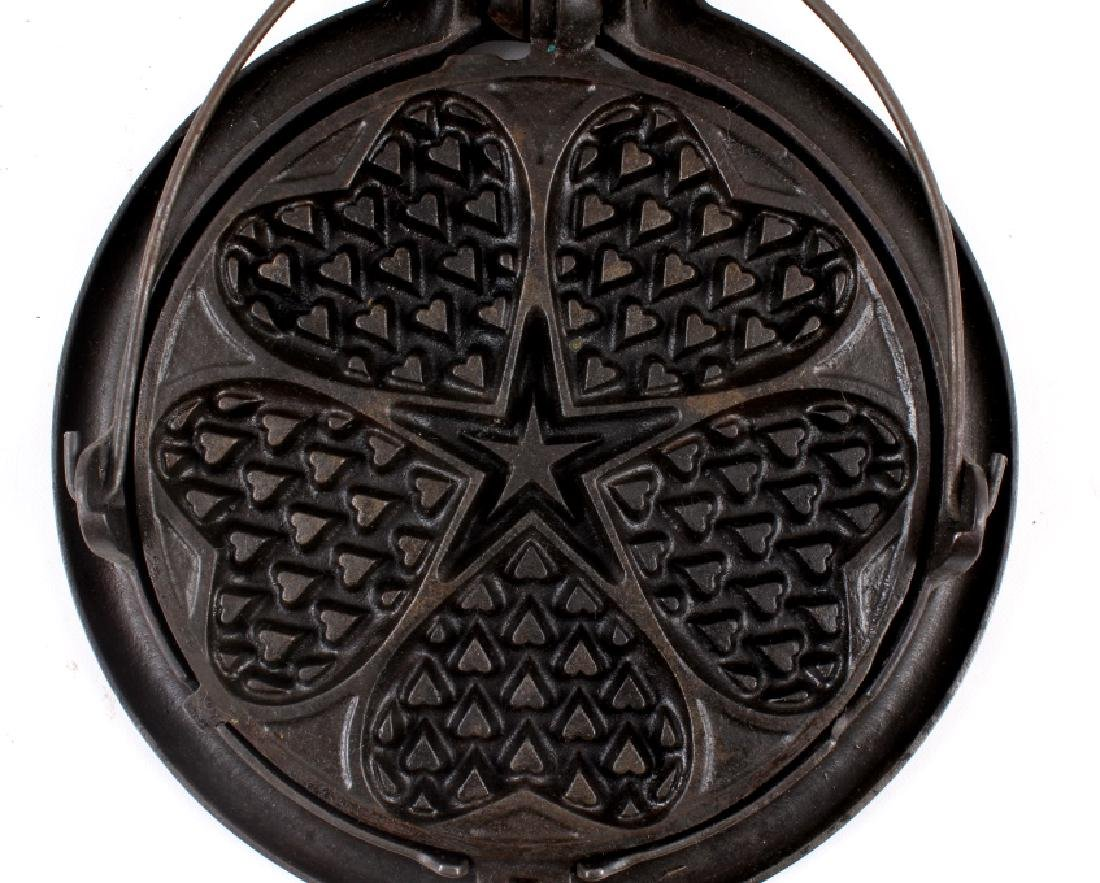 Griswold Heart-Star No. 18 Waffle Iron-Low Base - 8