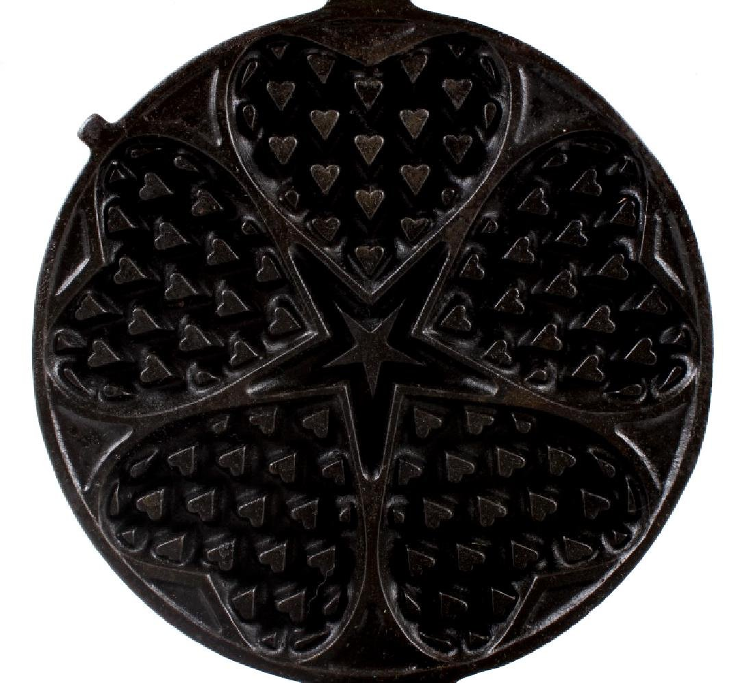 Griswold Heart-Star No. 18 Waffle Iron-Low Base - 9