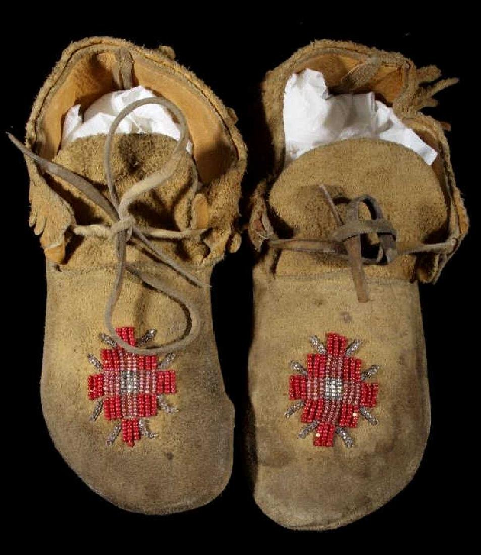 Sioux Native American Beaded Soft Sole Moccasins - 2