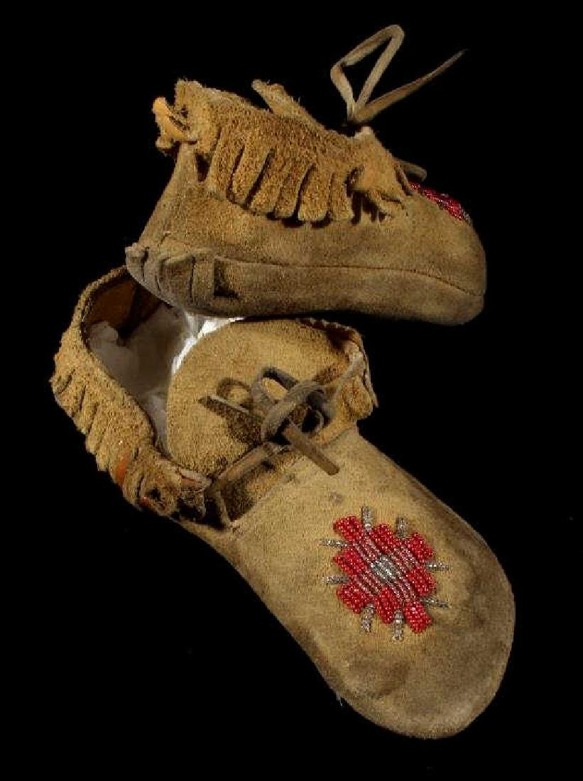 Sioux Native American Beaded Soft Sole Moccasins - 6