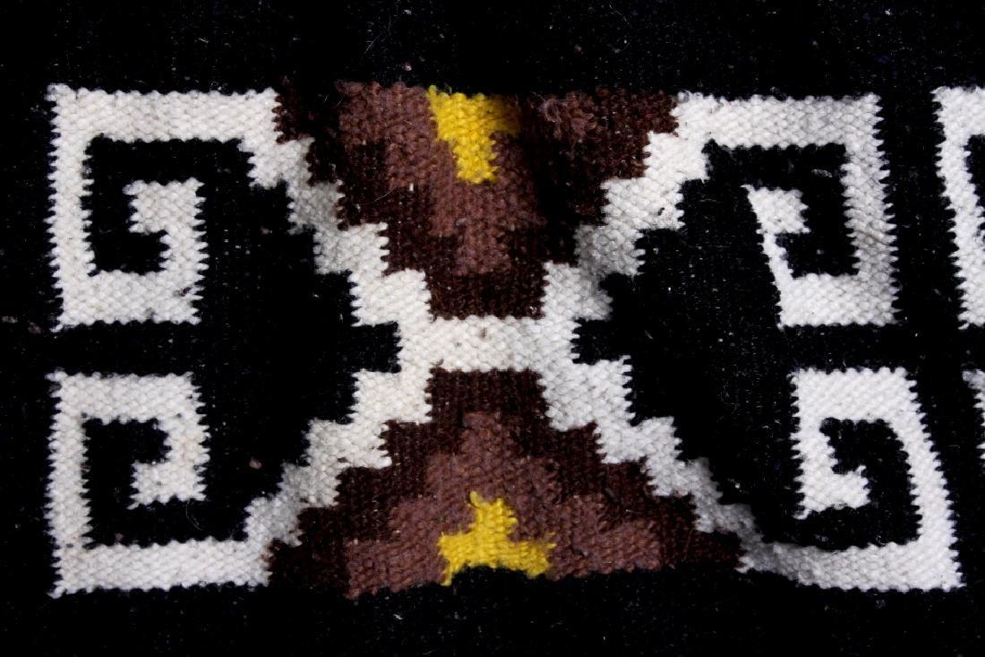 Zapotec Native American Indian Hand-Spun Wool Rug - 3