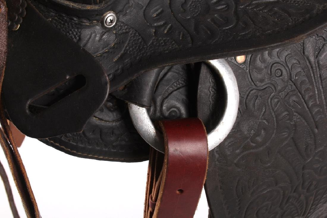 Custom Floral Tooled Western Style Saddle - 11