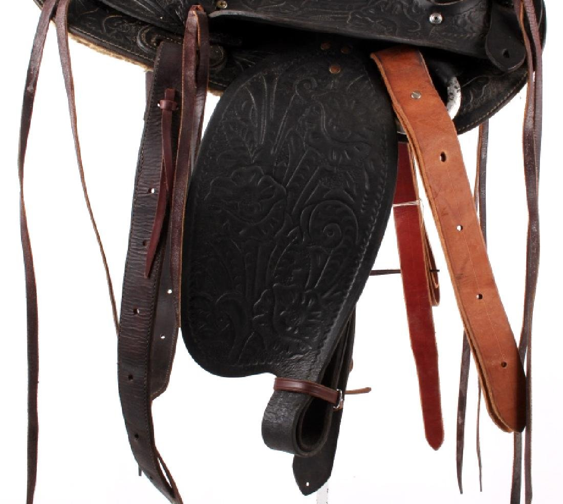 Custom Floral Tooled Western Style Saddle - 5