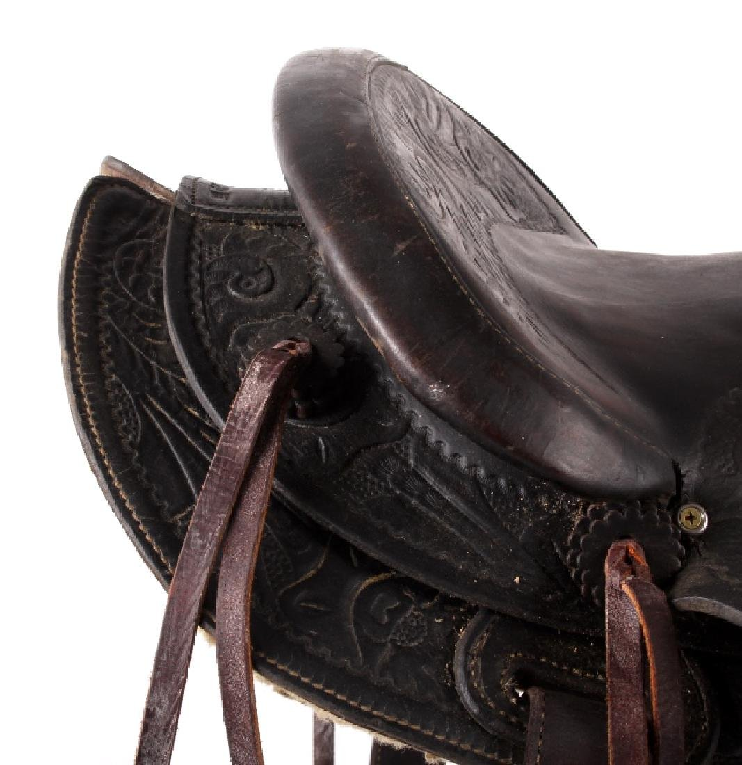 Custom Floral Tooled Western Style Saddle - 7