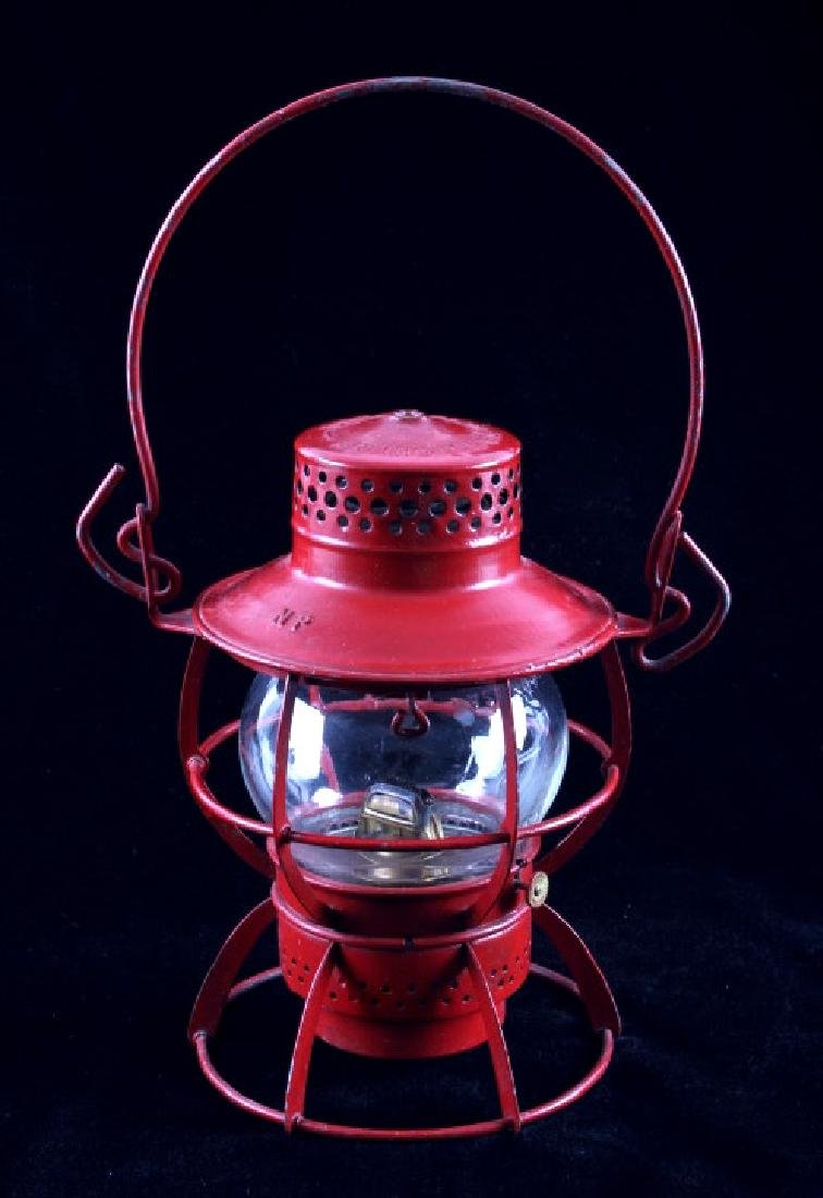 Northern Pacific Dressel Short Globe Lantern