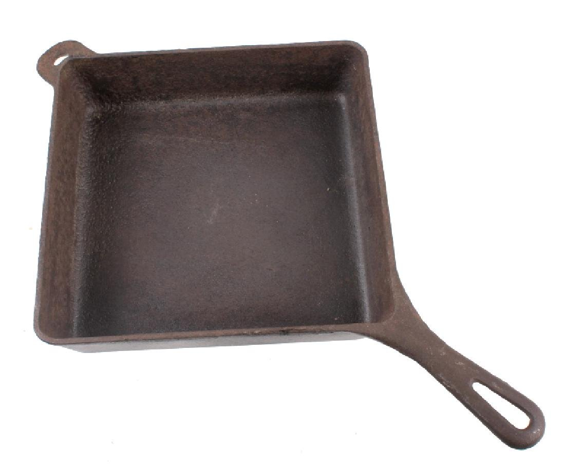 Griswold Number 768 Deep Square Skillet with Lid - 4
