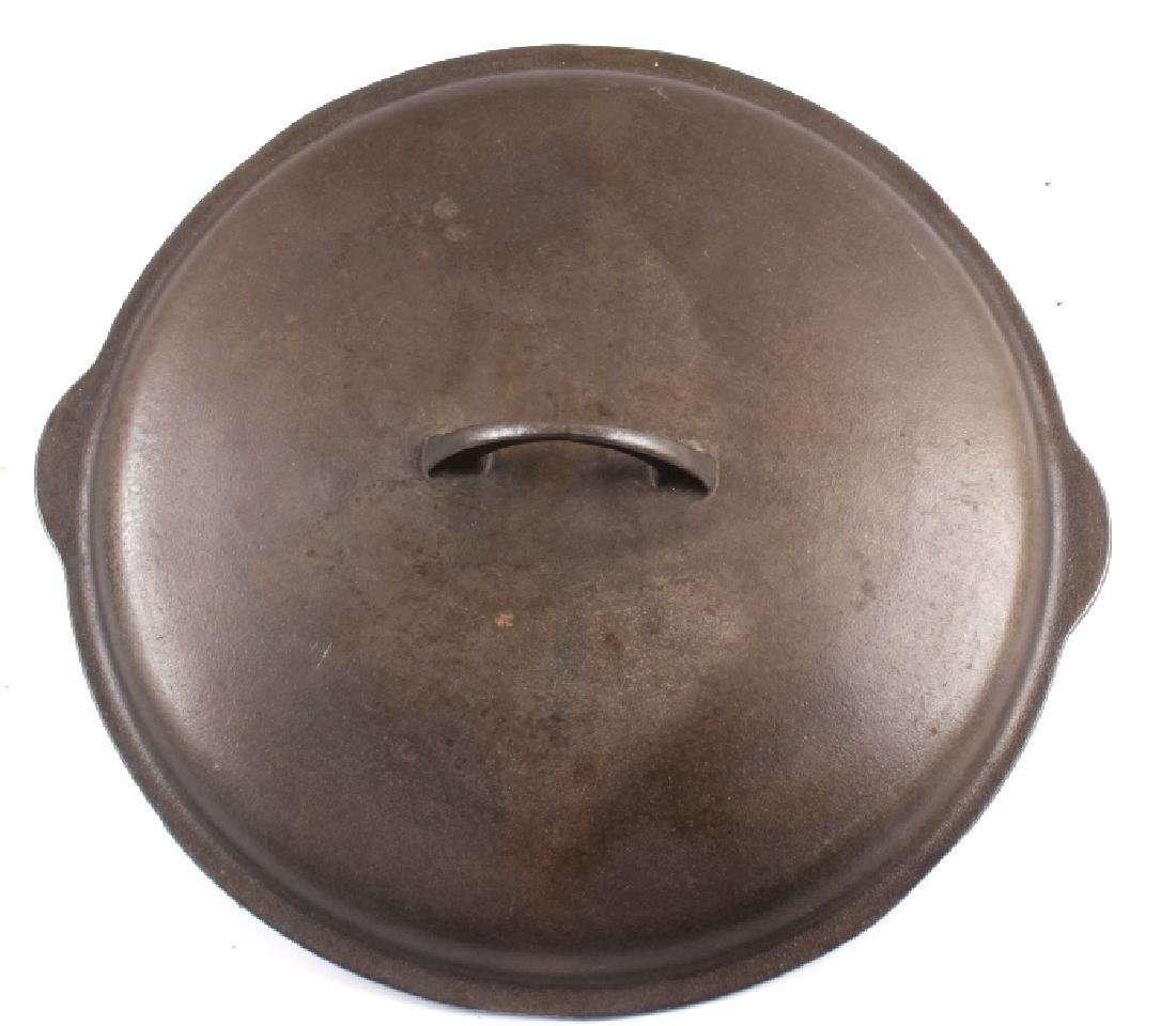 Griswold Number 12 skillet with lid - 9