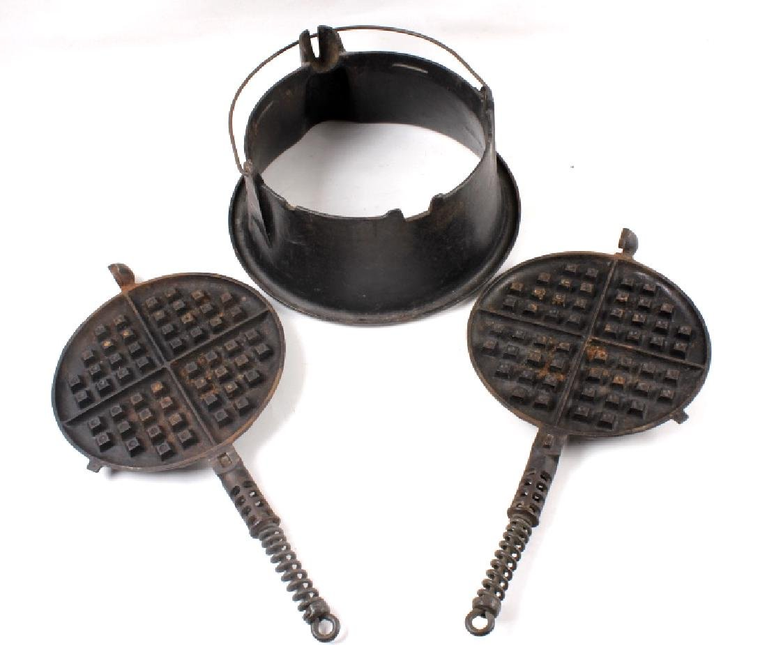 Griswold No 9. & No 7. Waffle Makers with Bases - 5