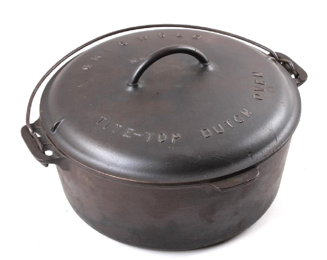 Griswold Number 10 Tite-Top Dutch Oven - 2