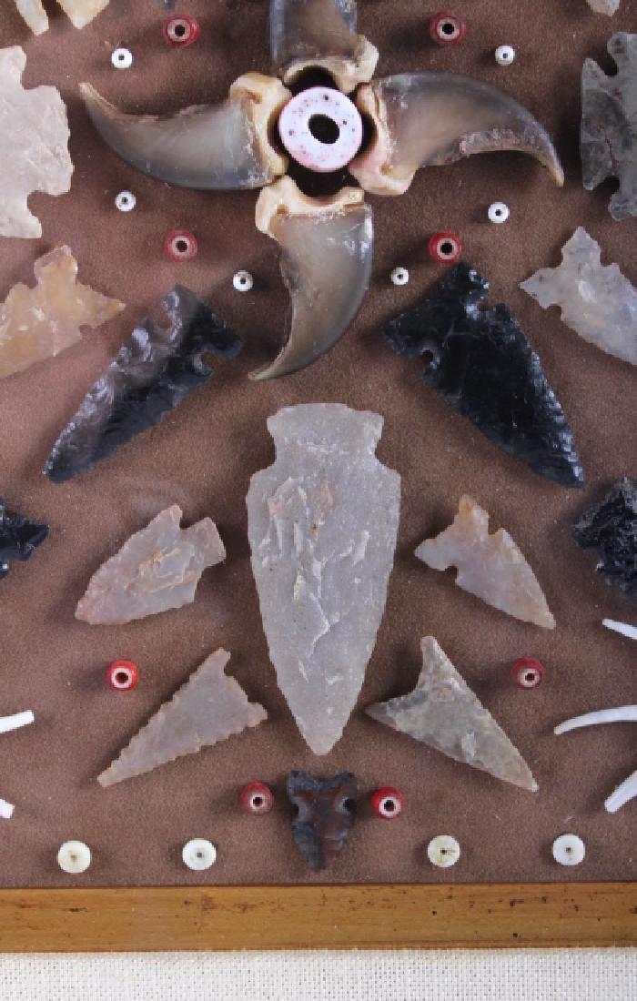 Native American Arrowhead Artifact Collection - 9