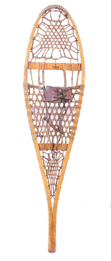 Tubbs Wallingford Vermont Wood & Rawhide Snowshoes - 2