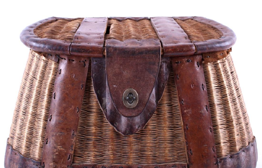 Early 19th Century Vintage Fishing Creel - 2