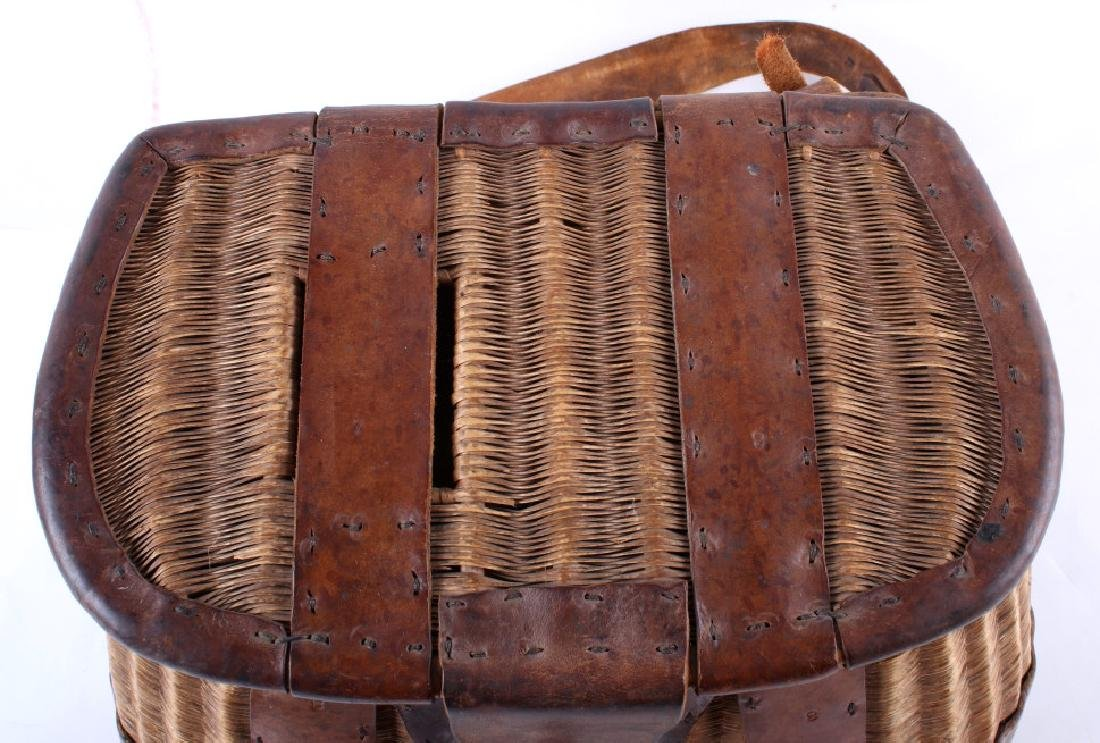 Early 19th Century Vintage Fishing Creel - 3