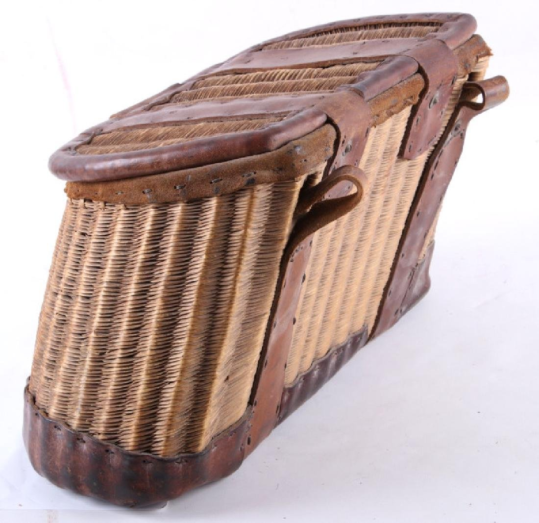 Early 19th Century Vintage Fishing Creel - 7