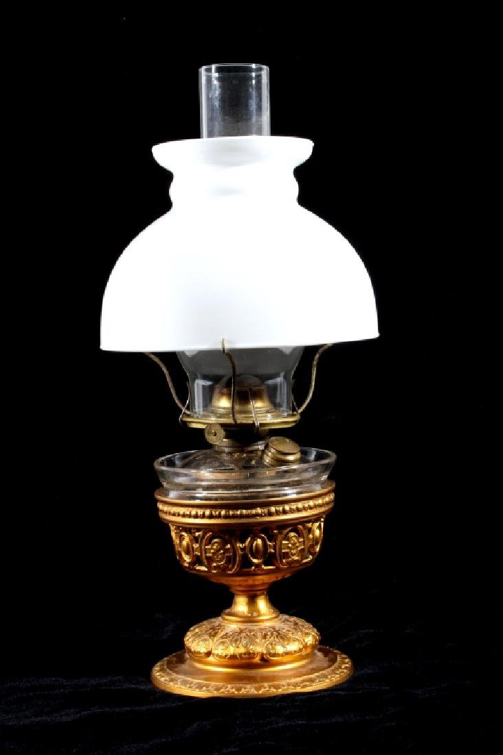 Excellent Victorian Cast Iron Gilded Table Lamp - 2