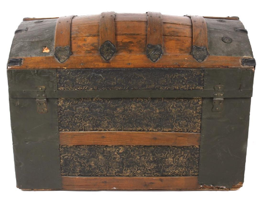 Ornate Early 19th Century Humpback Wooden Trunk - 6
