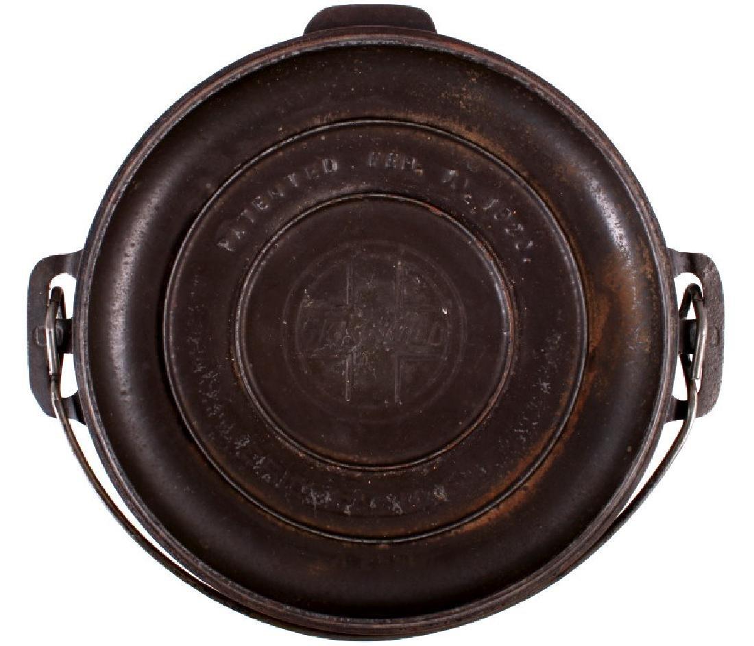Griswold No. 8 Cast Iron Tite-Top Dutch Oven - 3