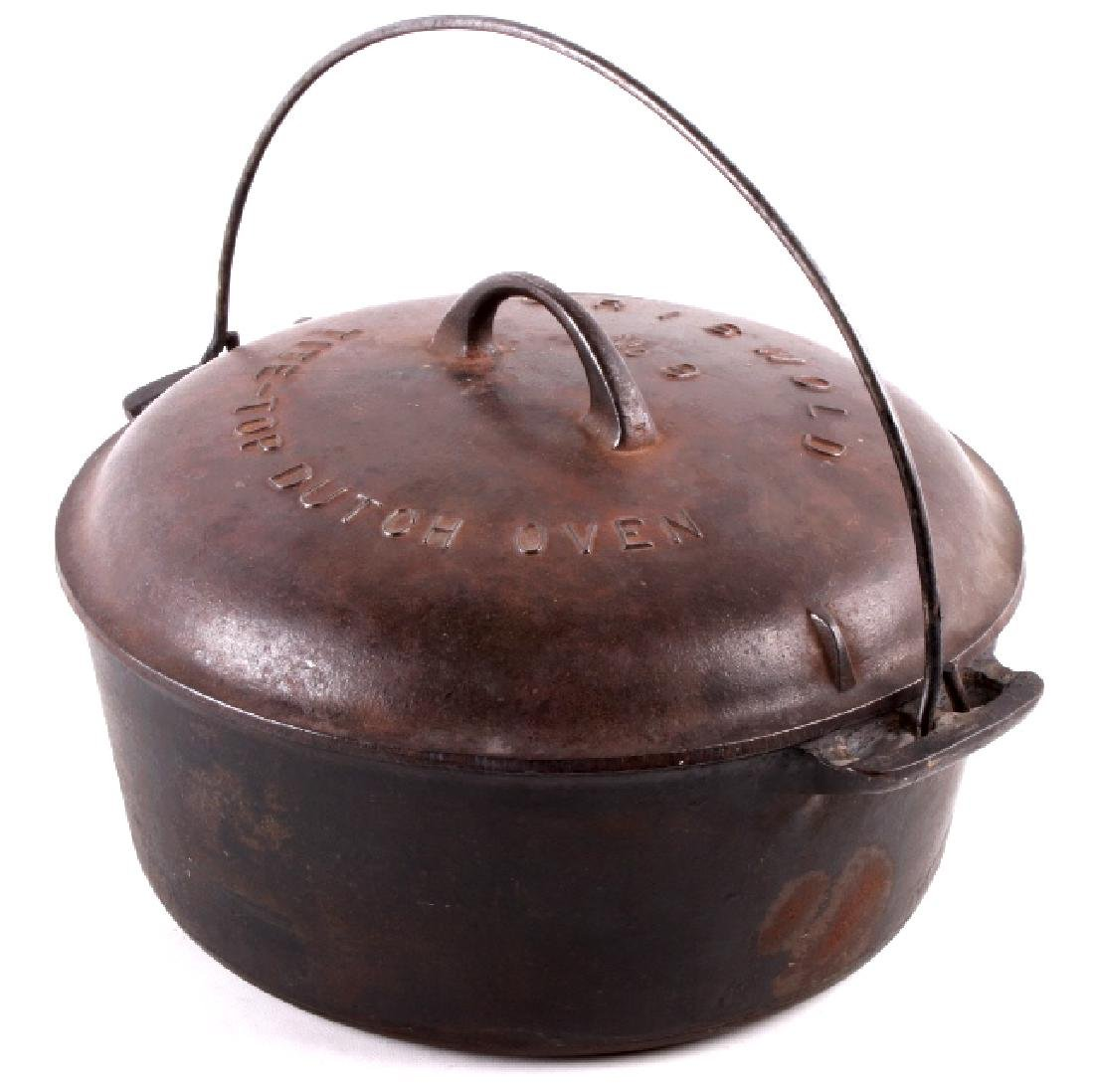 Griswold Cast Iron No. 9 Tite-Top Dutch Oven