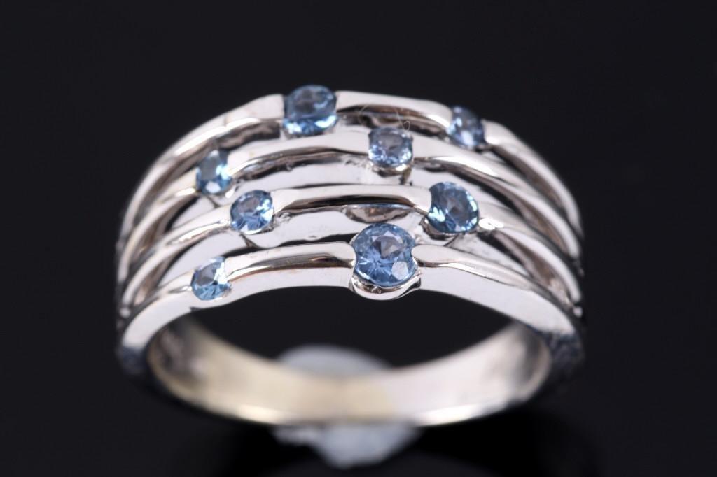 Montana Yogo Sapphire 14K White Gold Ring