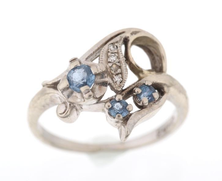 Montana Yogo Sapphire & Diamond 14K Gold Ring