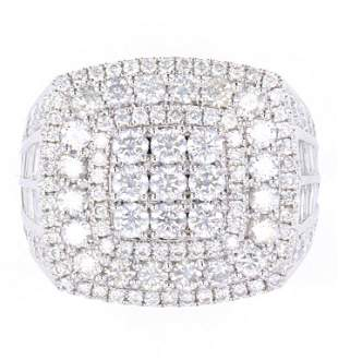 Outstanding Mens 14K Ring with 556ct of Diamonds