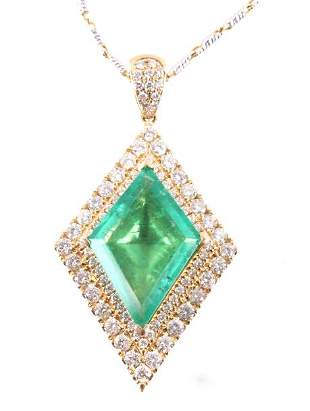 Astounding Emerald Diamond Classic Necklace