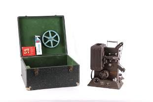 5 AMP Reel-Reel Keystone AC -DC Projector & Case
