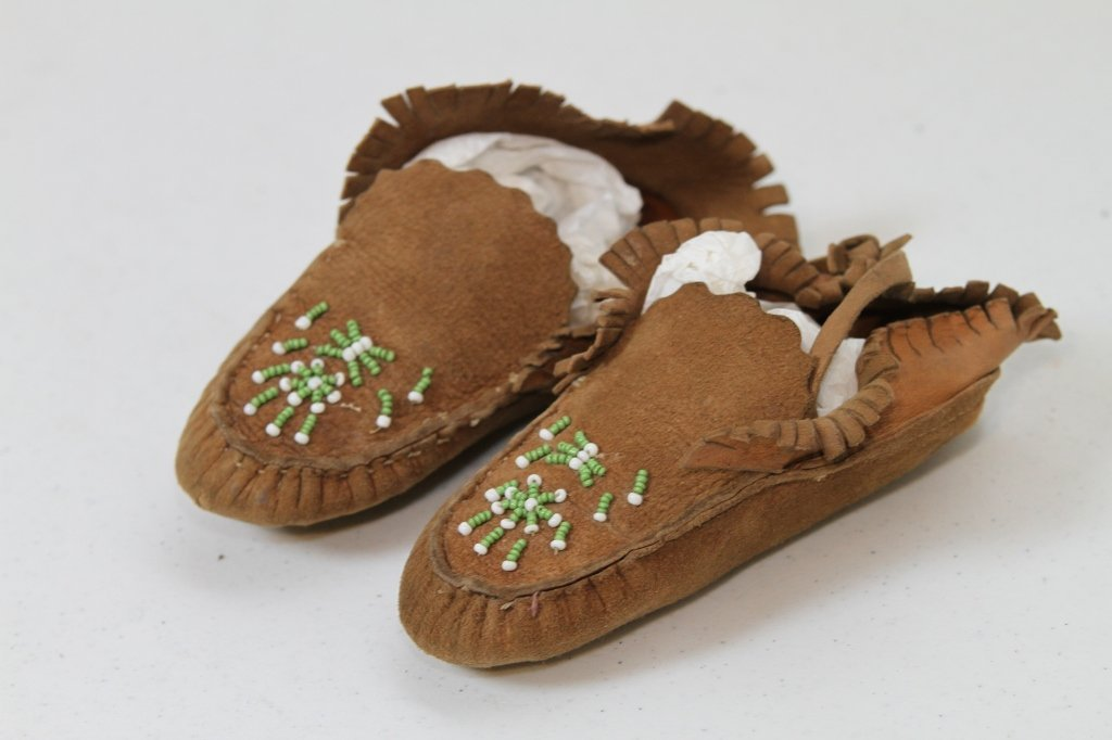 16: Child's Native American Moccasins