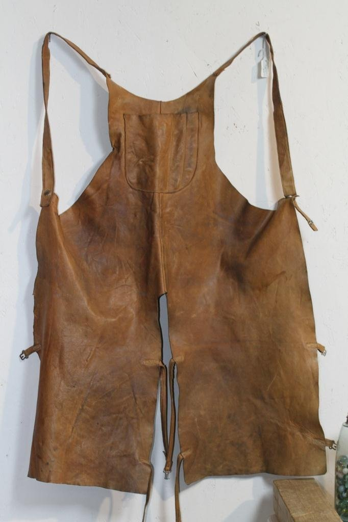 24: Farrier Chaps or Apron