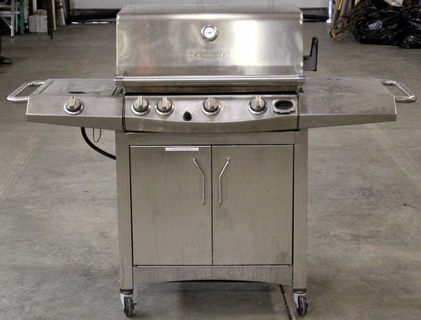 Front Avenue Stainless Steel Gas Grill