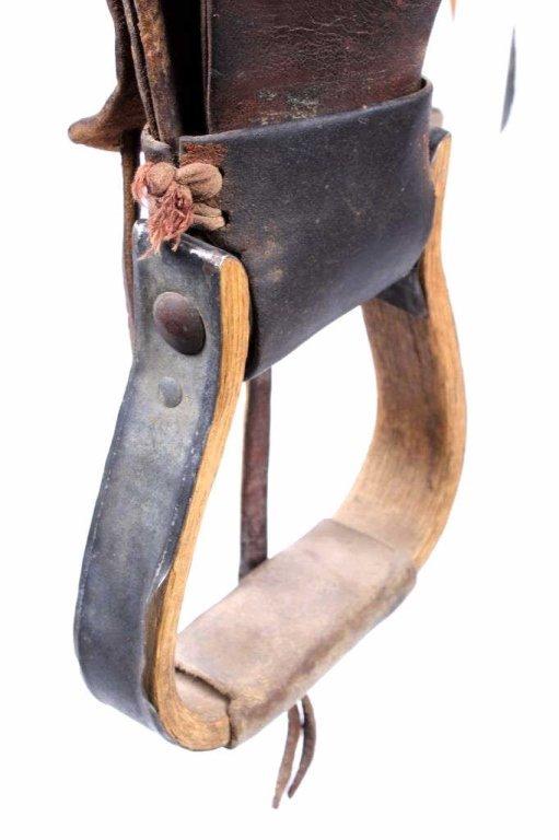 Fred Mueller Saddle Denver, Colorado circa 1915 - 9