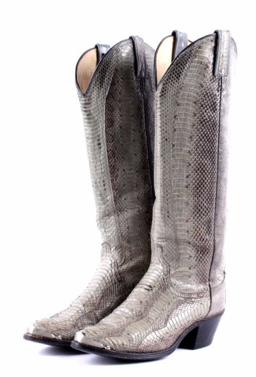 Vintage Dan Post Snakeskin Boots This is a set of