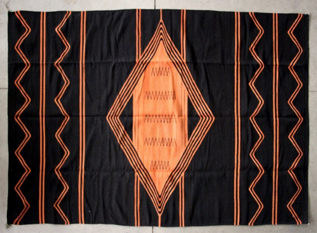 Navajo Chiefs Blanket Rug The lot features a hand