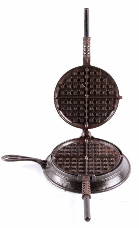 Griswold New American No. 8 Waffle Iron This is an - 7