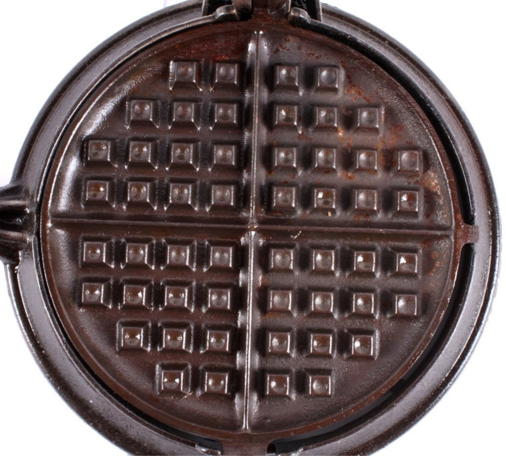 Griswold New American No. 8 Waffle Iron This is an - 8