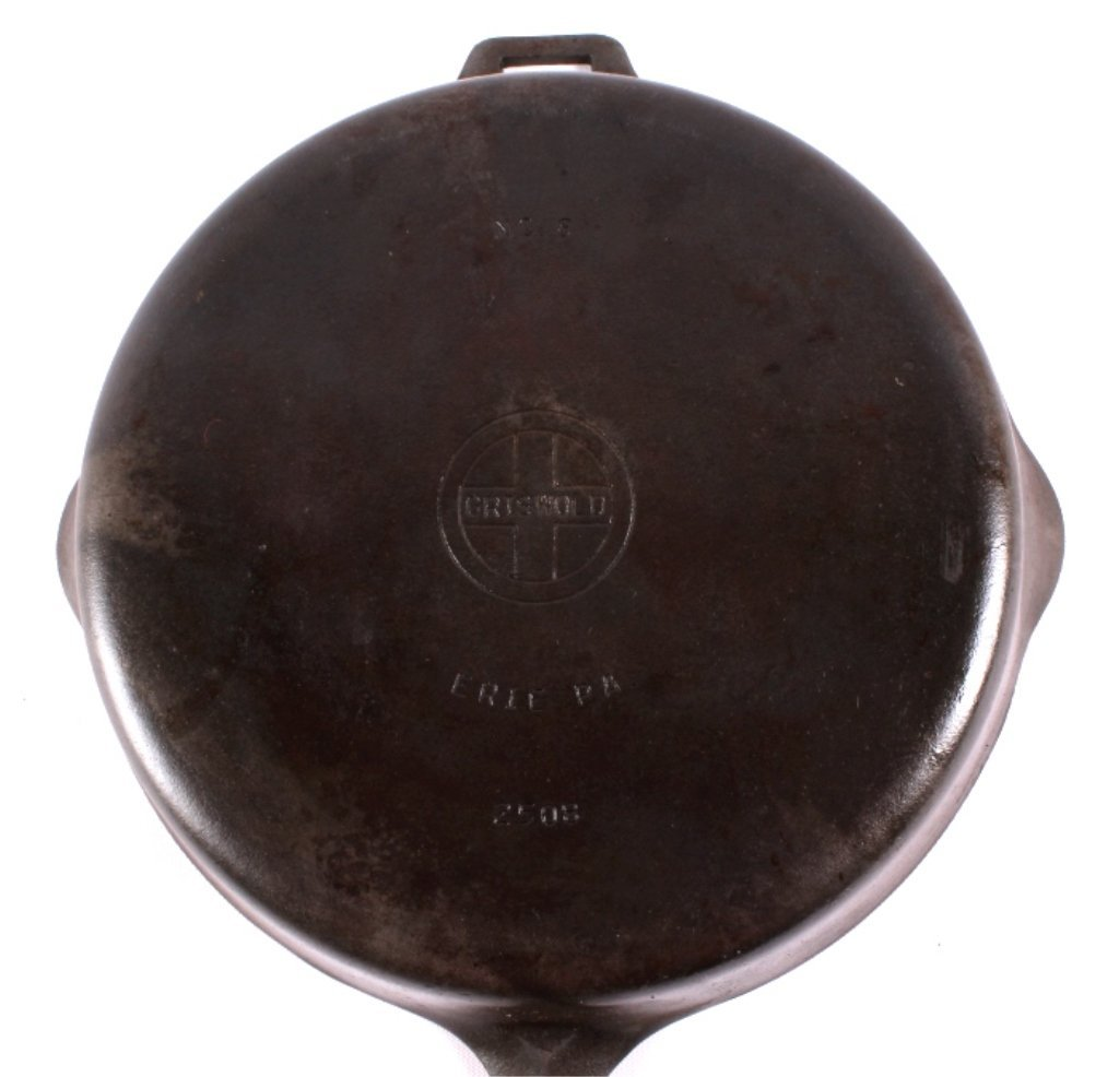 "Griswold Cast Iron ""No. 8"" Skillet with Hinged Lid - 6"