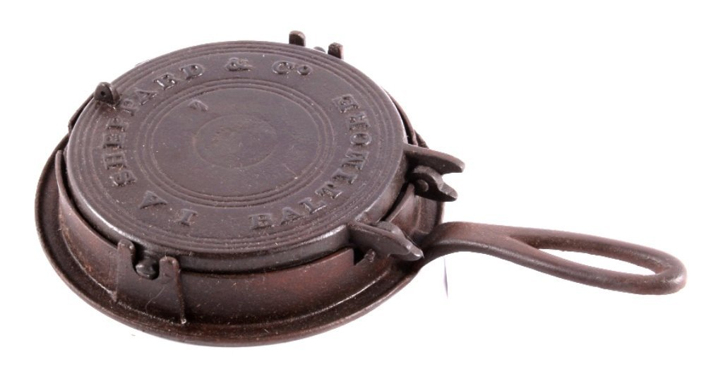 I.A. Sheppard Cast Iron Waffle Maker This lot feat