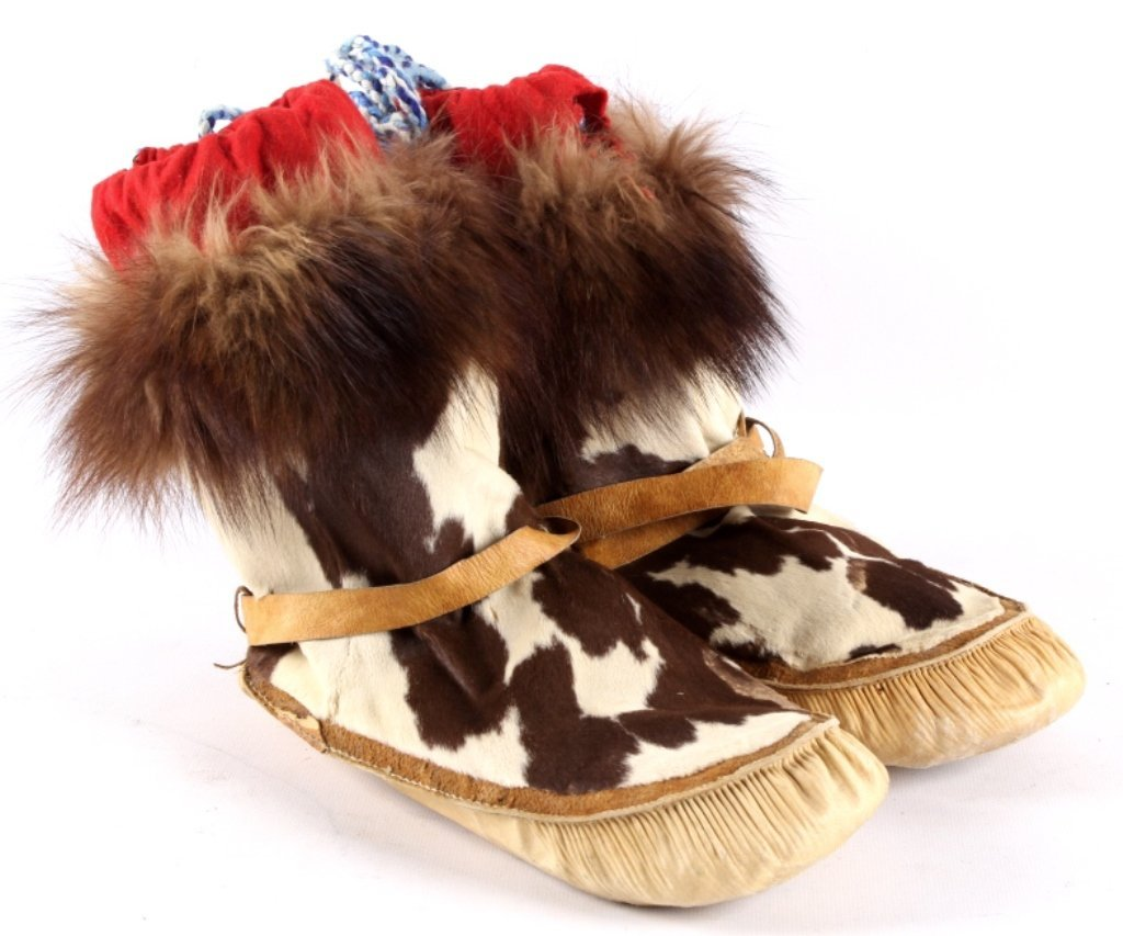 Eskimo Inuit Mukluks The lot features a set of han