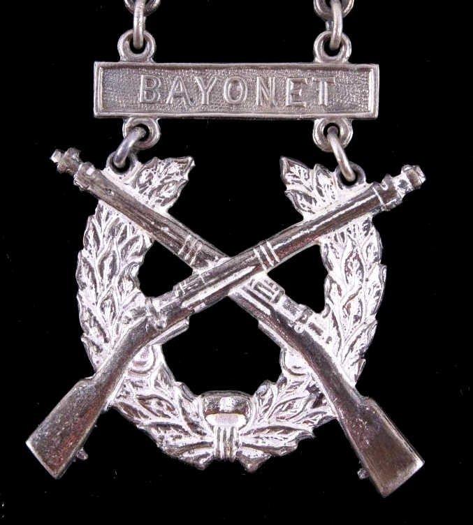 WWII USMC Expert Rifleman Pistol & Sharpshooter Th - 4